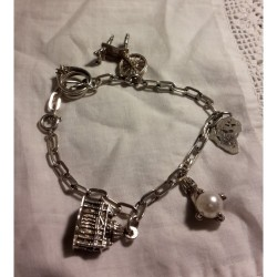Vintage Silver Charm Bracelet Pretty & Delicate