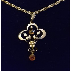 Vintage 9 ct Gold & Fire Opal Art Nouveau Pendant & Chain